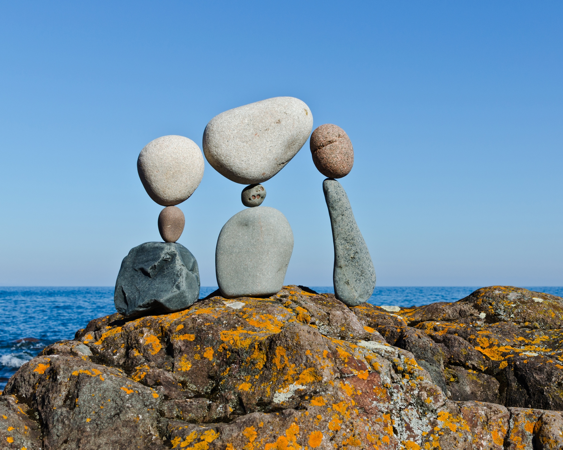 """ We Are Family "" - temprary rock sculpture by Peter Juhl"